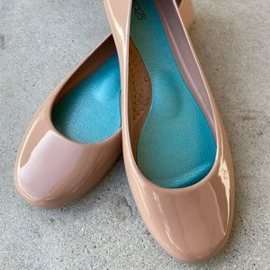 OKA. b Taylor Jelly Ballet Flat, Nude Color Size 9